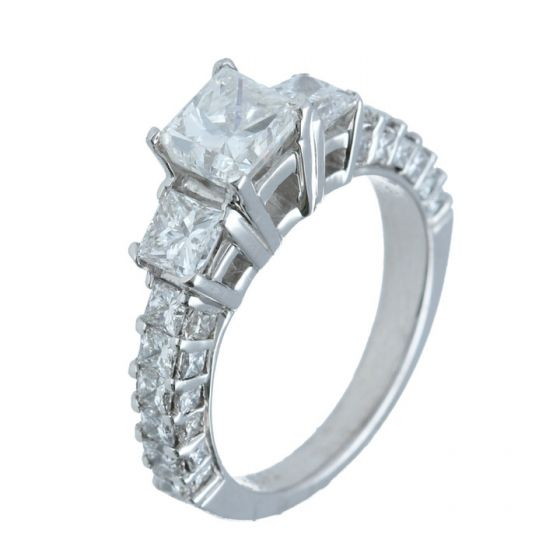 2.8 ct. t.w.t Diamond Three-Stone Ring in 18k White Gold