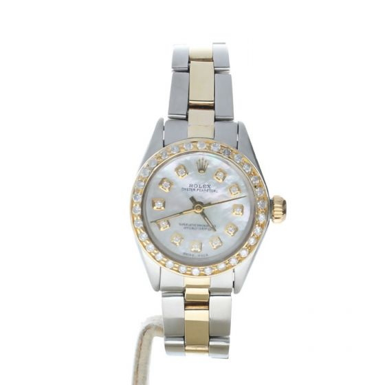 Rolex Oyster Perpetual 26 Stainless-steel 6718 Mother-of-Pearl Dial Women's 26-mm Automatic-self-wind Sapphire crystal. Swiss Made Wrist Watch
