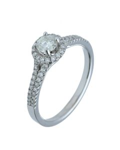 0.75 ct. t.w.t Diamond Halo Ring in 18k White Gold