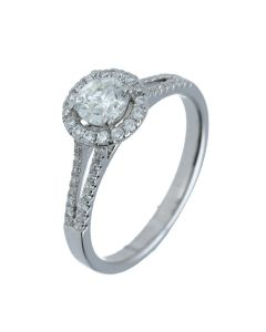 0.8 ct. t.w.t Diamond Halo Ring in 18k White Gold