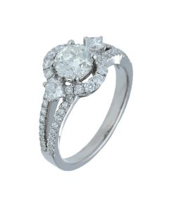 1.54 ct. t.w.t Diamond Halo Ring in 18k White Gold