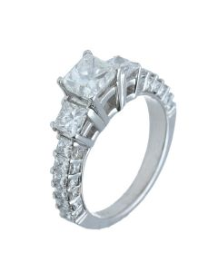 2.8 ct. t.w.t Princess cut Diamond Ring in 18k White Gold